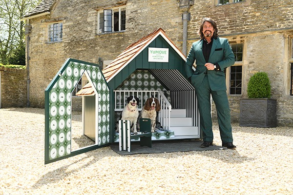 Laurence-llewelyn-bowen-agent-book-manager